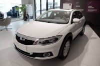 Qoros 3 Cross (Корос 3 кросс)