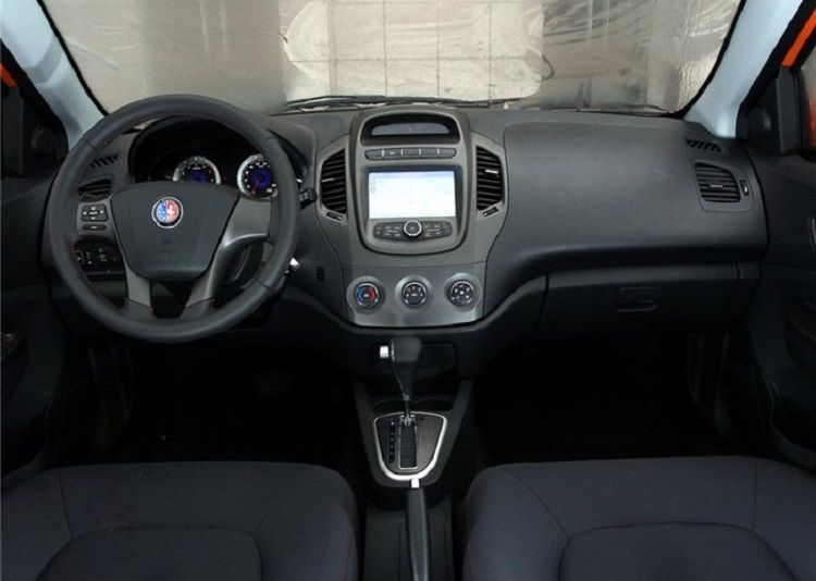 Geely Emgrand MK Cross new